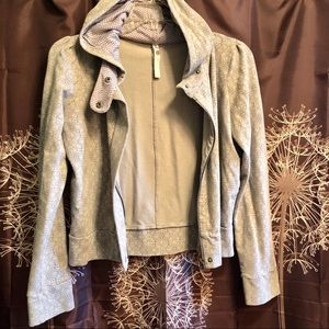 FOSSIL Zip front Hoodie Jacket Size Large L EUC